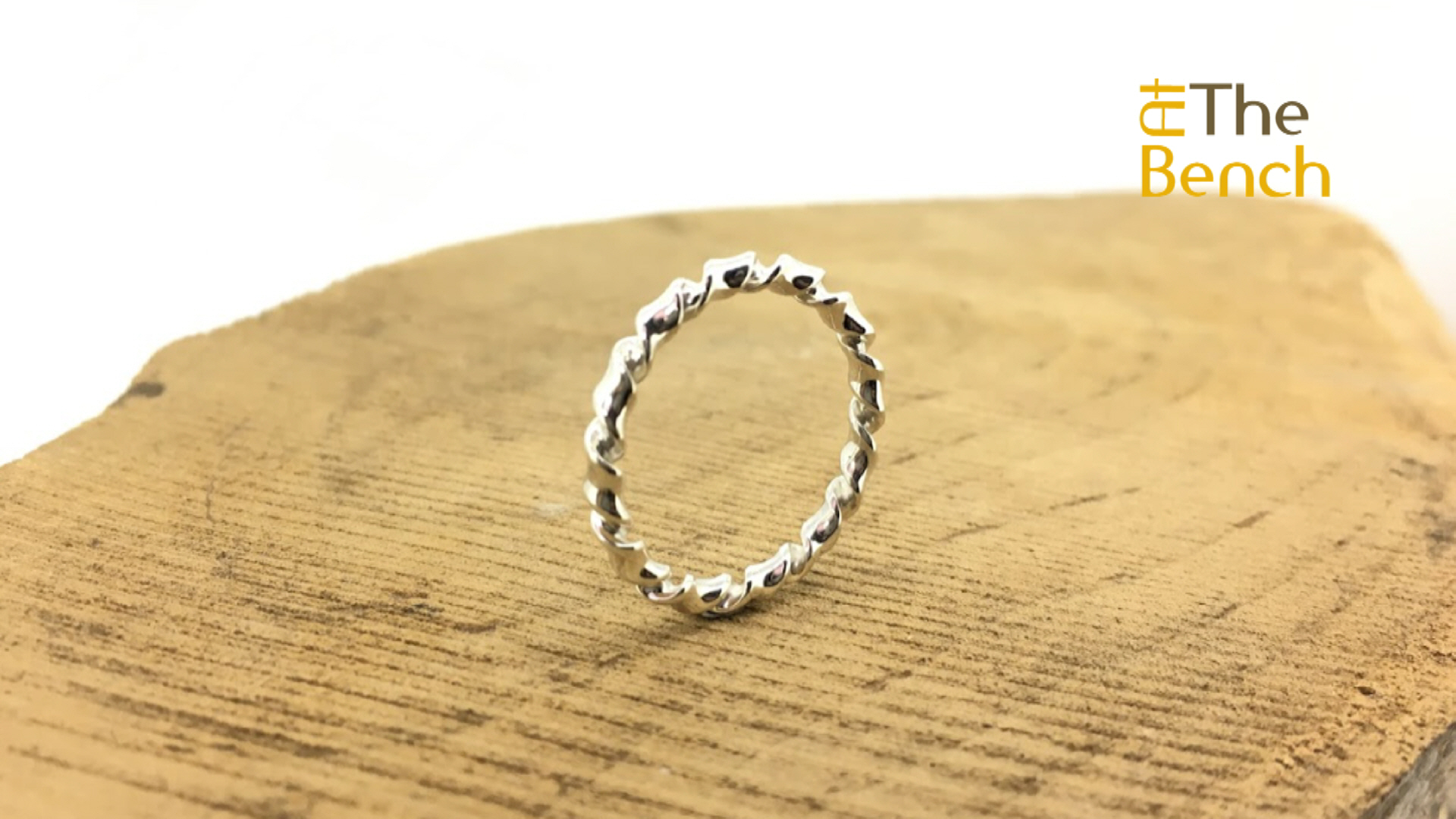 D Section Twist Ring